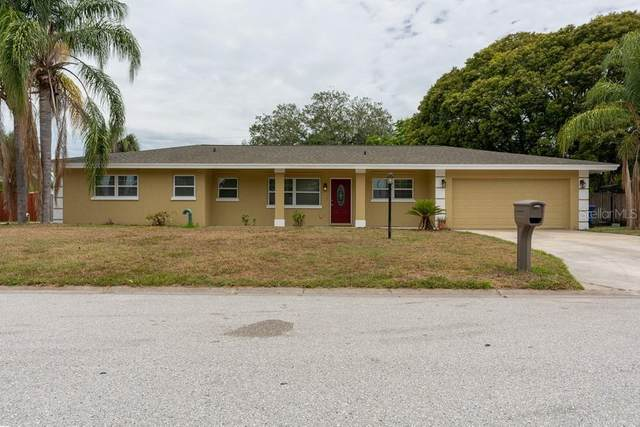 2819 Upper Tangelo Drive, Sarasota, FL 34239 (MLS #W7833749) :: Keller Williams Realty Select