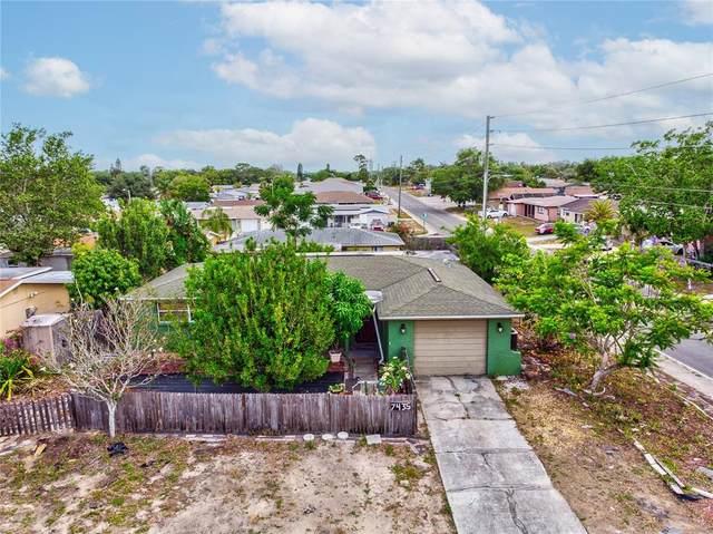 7435 Ashwood Drive, Port Richey, FL 34668 (MLS #W7834619) :: Your Florida House Team