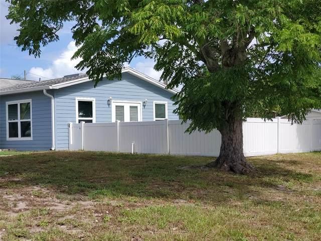 119 Edgewater Drive, Saint Cloud, FL 34769 (MLS #W7834811) :: The Light Team