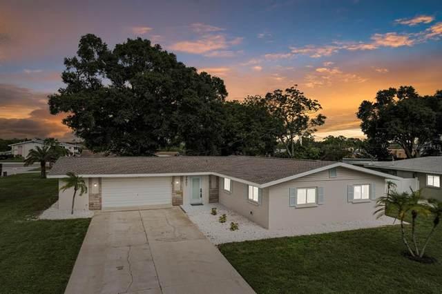 2607 Suncrest Drive, Sarasota, FL 34239 (MLS #W7837093) :: Zarghami Group