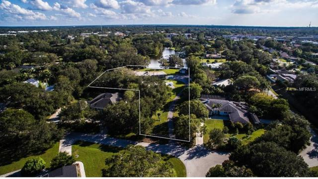 3425 W Forest Lake Circle, Sarasota, FL 34232 (MLS #A4201937) :: The Duncan Duo Team