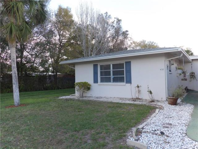 32 Strathmore Boulevard Villa32, Sarasota, FL 34233 (MLS #A4211294) :: The Duncan Duo Team