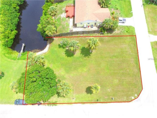 Perkins Lane, Nokomis, FL 34275 (MLS #A4213992) :: The Duncan Duo Team