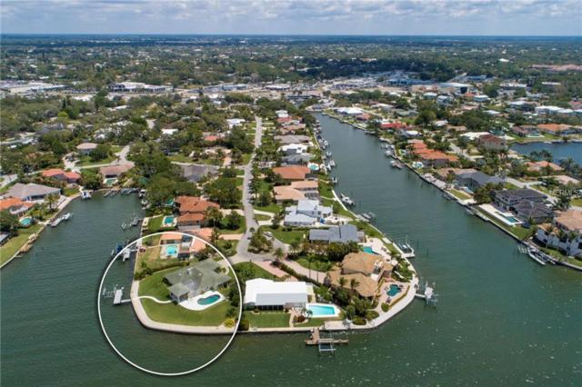 7692 Cove Terrace, Sarasota, FL 34231 (MLS #A4401935) :: The Duncan Duo Team