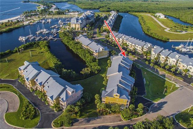 438 Bahia Beach Boulevard, Ruskin, FL 33570 (MLS #A4417248) :: The Duncan Duo Team