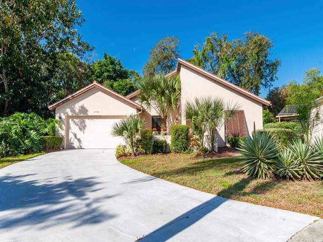 2993 Heather Bow, Sarasota, FL 34235 (MLS #A4432133) :: Griffin Group