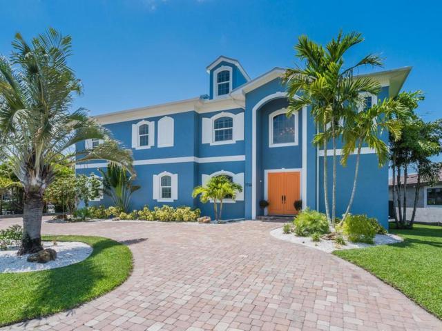 7755 Holiday Drive N, Sarasota, FL 34231 (MLS #A4437174) :: The Duncan Duo Team