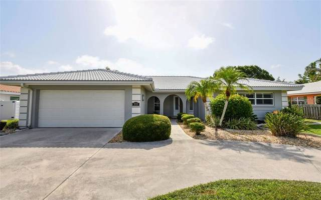 3333 Pine Valley Drive, Sarasota, FL 34239 (MLS #A4439729) :: The Duncan Duo Team
