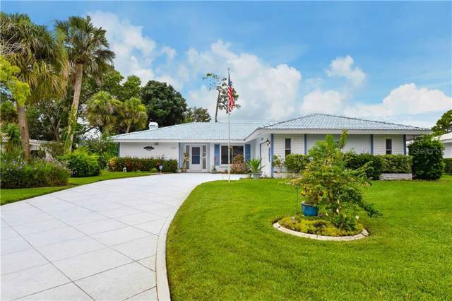 1982 Mid Ocean Circle, Sarasota, FL 34239 (MLS #A4440910) :: The Duncan Duo Team