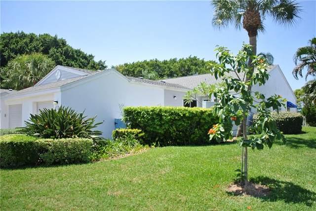 950 Waterside Lane, Bradenton, FL 34209 (MLS #A4452484) :: Your Florida House Team