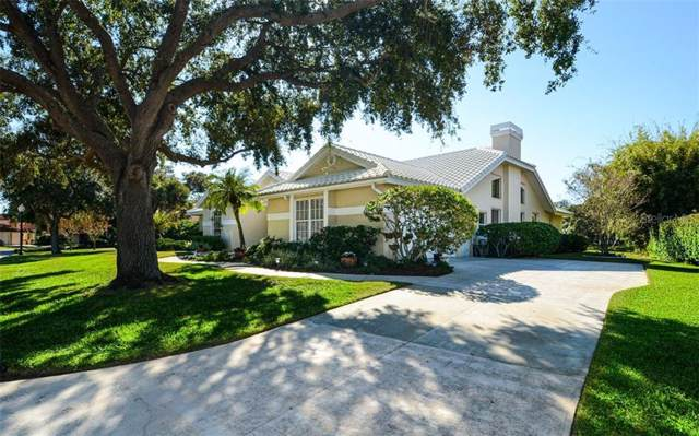8230 Cypress Hollow Drive, Sarasota, FL 34238 (MLS #A4453404) :: Lovitch Group, LLC