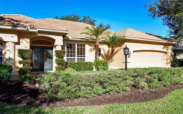 4739 Carrington Circle, Sarasota, FL 34243 (MLS #A4455876) :: Bustamante Real Estate