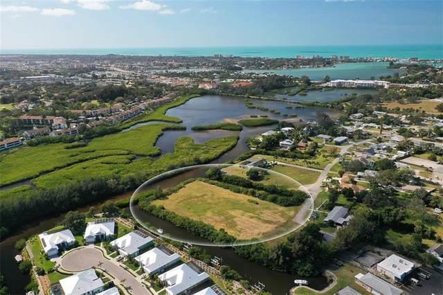 Roberts Bay Drive, Nokomis, FL 34275 (MLS #A4459338) :: CGY Realty