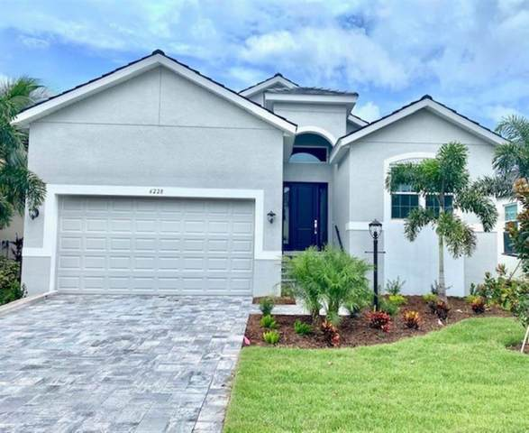 6228 Champions Row Street, Bradenton, FL 34210 (MLS #A4473913) :: Rabell Realty Group
