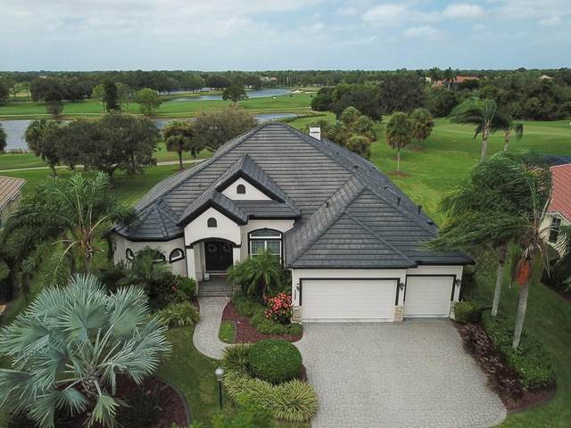 7023 Twin Hills Terrace, Lakewood Ranch, FL 34202 (MLS #A4478909) :: Burwell Real Estate
