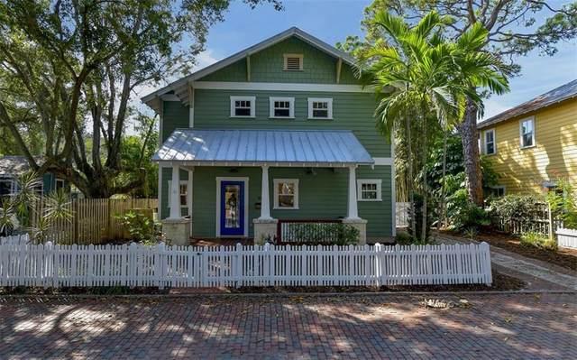 1876 Hawkins Court, Sarasota, FL 34236 (MLS #A4480847) :: McConnell and Associates