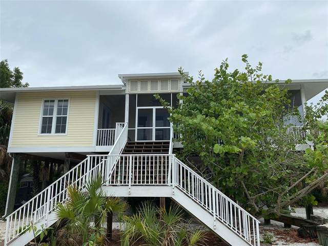 32 Palm Drive, Placida, FL 33946 (MLS #A4492716) :: Bustamante Real Estate
