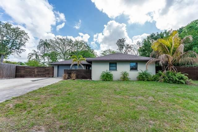 2933 Rosewood Place, Sarasota, FL 34239 (MLS #A4493572) :: BuySellLiveFlorida.com