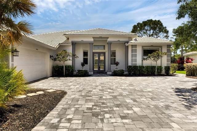 9460 Cedar Ridge Lane, Sarasota, FL 34238 (MLS #A4496609) :: SunCoast Home Experts