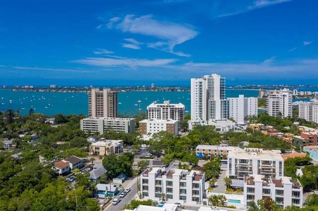 638 Rawls Avenue, Sarasota, FL 34236 (MLS #A4500159) :: Pristine Properties