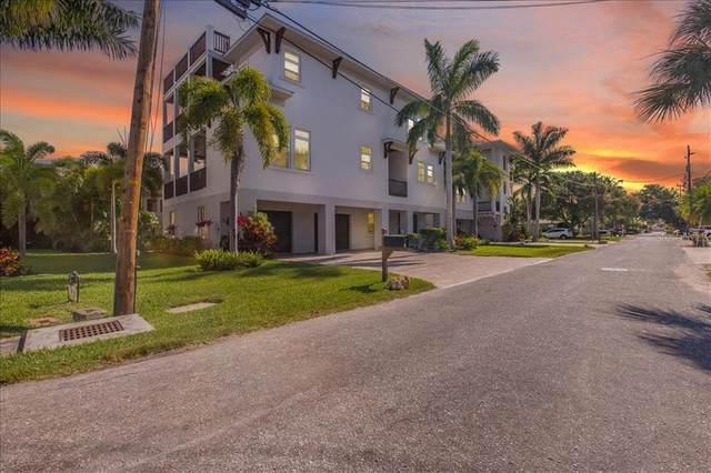1025 Crescent Street, Sarasota, FL 34242 (MLS #A4500623) :: Sarasota Property Group at NextHome Excellence