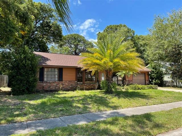 2942 Woodpine Circle, Sarasota, FL 34231 (MLS #A4500655) :: RE/MAX Premier Properties