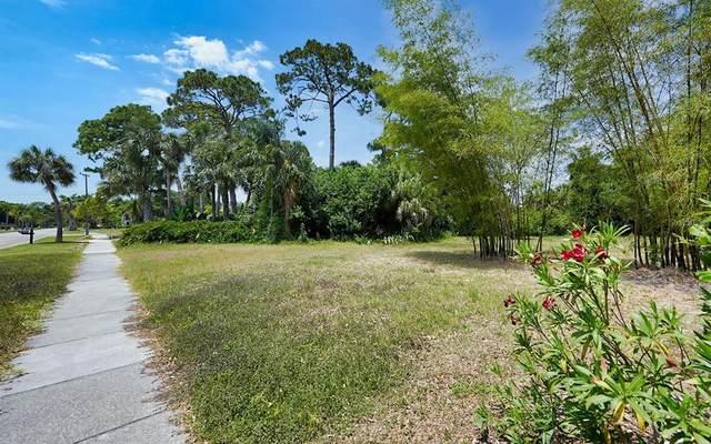 7511 Westmoreland Drive, Sarasota, FL 34243 (MLS #A4502054) :: Armel Real Estate