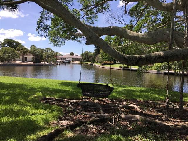 5432 Azure Way, Sarasota, FL 34242 (MLS #A4503953) :: The Light Team