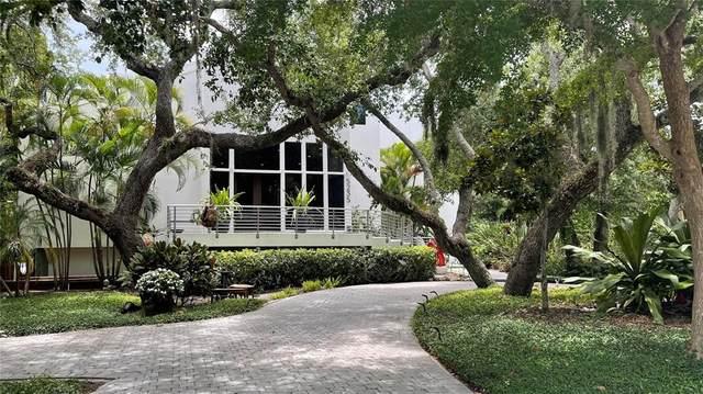 5235 Siesta Cove Drive, Sarasota, FL 34242 (MLS #A4504547) :: GO Realty