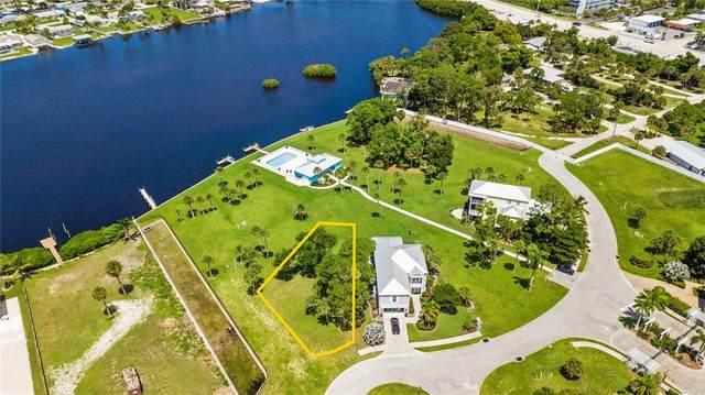 6791 Portside Lane, Englewood, FL 34223 (MLS #A4508896) :: Lockhart & Walseth Team, Realtors