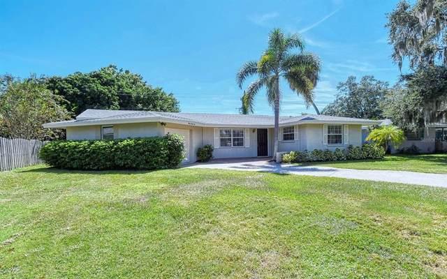 3036 Regatta Drive, Sarasota, FL 34231 (MLS #A4511783) :: Blue Chip International Realty