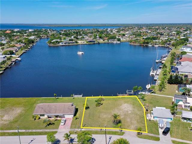 110 Beeney Road SE, Port Charlotte, FL 33952 (MLS #C7226432) :: The Duncan Duo Team