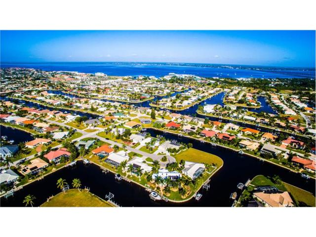 802 Lucia Drive, Punta Gorda, FL 33950 (MLS #C7246310) :: G World Properties