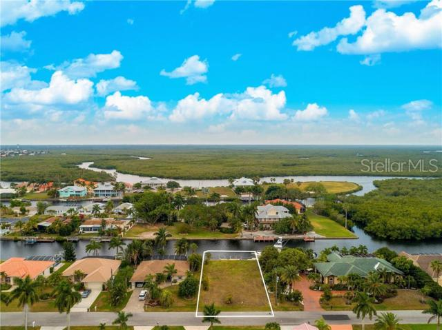 5550 Almar Drive, Punta Gorda, FL 33950 (MLS #C7416500) :: Delgado Home Team at Keller Williams