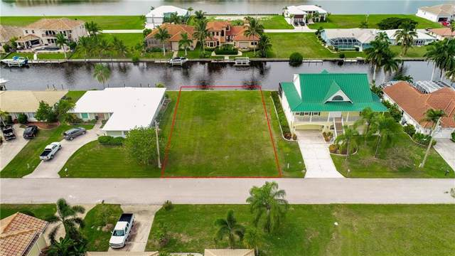 2835 Coral Way, Punta Gorda, FL 33950 (MLS #C7424636) :: The Light Team