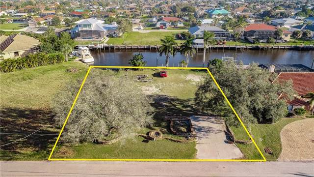 128 Creek Drive SE, Port Charlotte, FL 33952 (MLS #C7424703) :: Team Buky