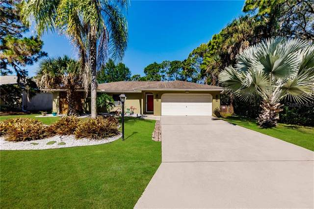 313 Fountain Street, Port Charlotte, FL 33953 (MLS #C7428397) :: The Duncan Duo Team