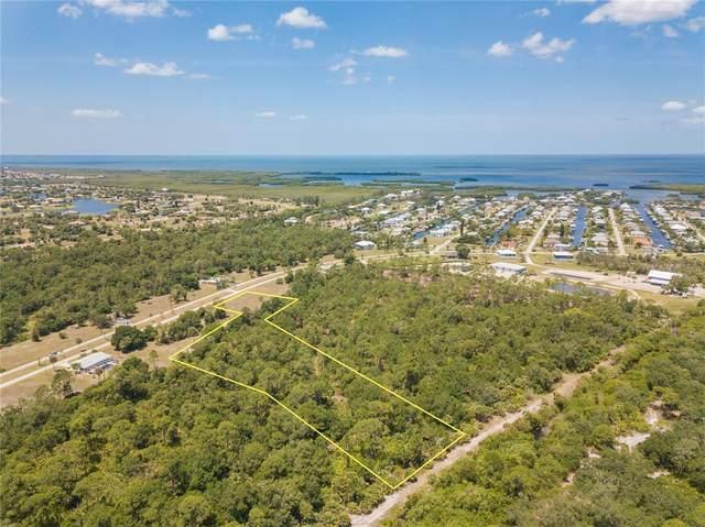 24562 Yacht Club Boulevard, Punta Gorda, FL 33955 (MLS #C7443058) :: Premium Properties Real Estate Services