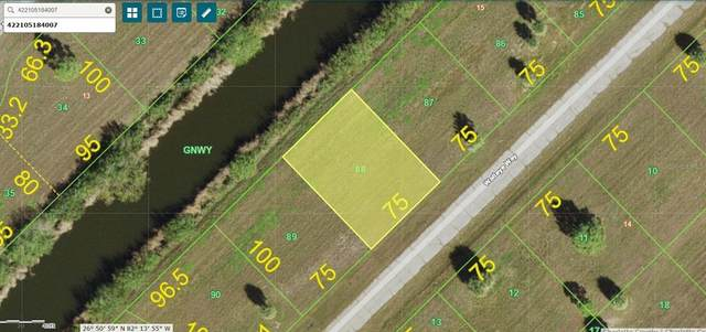 13468 Walleye Way, Placida, FL 33946 (MLS #C7444566) :: Kelli and Audrey at RE/MAX Tropical Sands