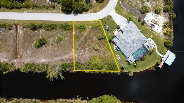 10850 Mcalester Circle, Port Charlotte, FL 33981 (MLS #C7448632) :: The Paxton Group