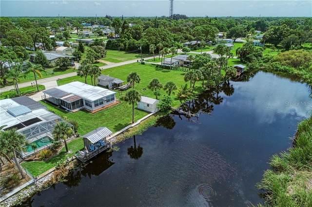 8225 Pinetree Lane, Englewood, FL 34224 (MLS #D6113181) :: Griffin Group