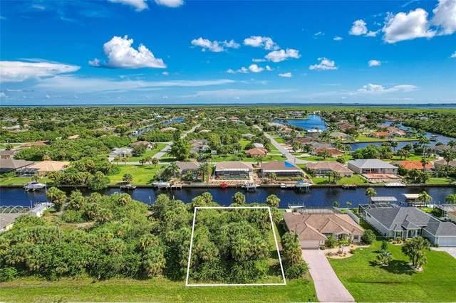 17155 Edgewater Drive, Port Charlotte, FL 33948 (MLS #D6120368) :: Carmena and Associates Realty Group