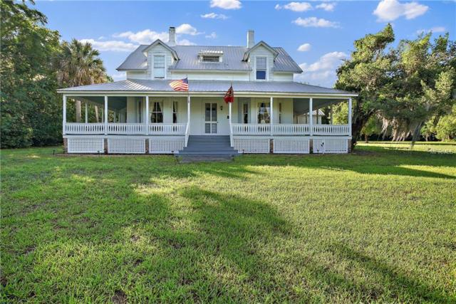 511 E Mirror Lake Drive, Fruitland Park, FL 34731 (MLS #G5014470) :: Delgado Home Team at Keller Williams