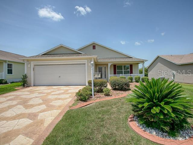 2392 Carriage Hill Way, The Villages, FL 32162 (MLS #G5017289) :: Lovitch Realty Group, LLC