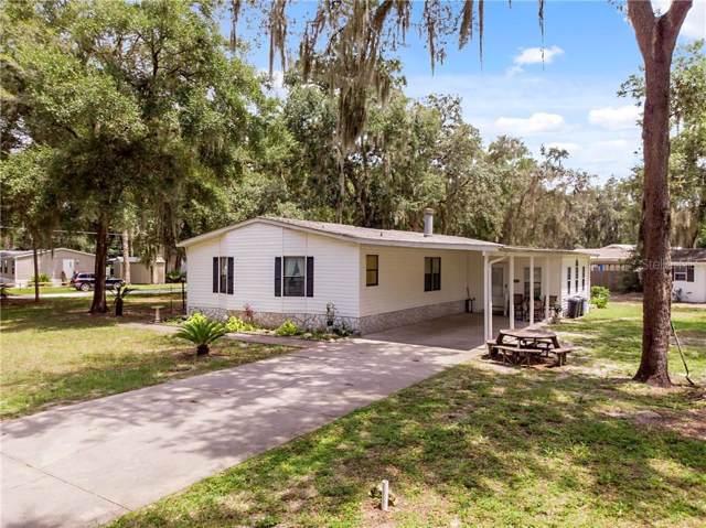 1463 County Road 481A, Lake Panasoffkee, FL 33538 (MLS #G5018308) :: The Duncan Duo Team
