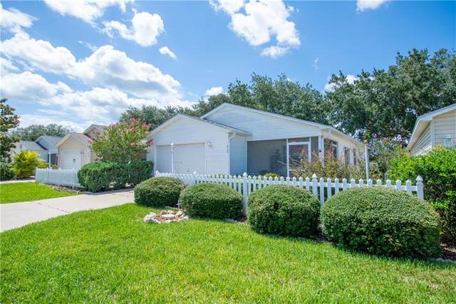 2115 Escobar Avenue, The Villages, FL 32159 (MLS #G5029608) :: Bustamante Real Estate