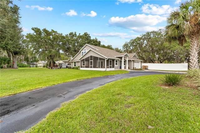 9505 Silver Lake Drive, Leesburg, FL 34788 (MLS #G5035155) :: Visionary Properties Inc