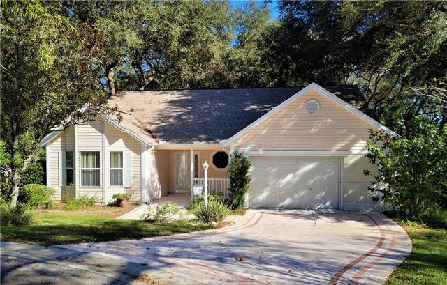 101 Costa Mesa Drive, The Villages, FL 32159 (MLS #G5036510) :: Realty Executives in The Villages