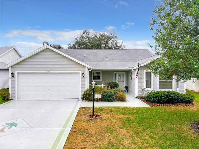 1169 Oak Forest Drive, The Villages, FL 32162 (MLS #G5038966) :: Key Classic Realty