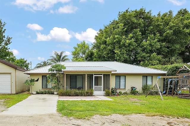 33619 Linda Drive, Leesburg, FL 34788 (MLS #G5043618) :: Premium Properties Real Estate Services